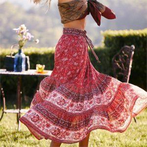 Bohemian skirt red